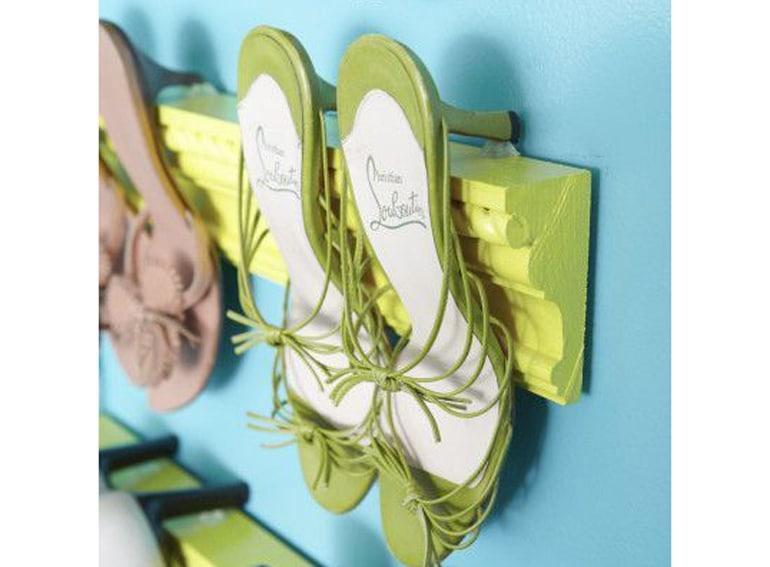 14.scarpiera-fai-da-te-a-parete-scarpe-a-vista