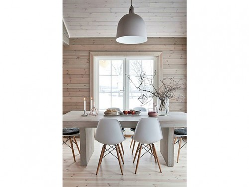17-stile-scandinavo-tavolo-da-pranzo-sedie-legno-baita-natale - Foto ...