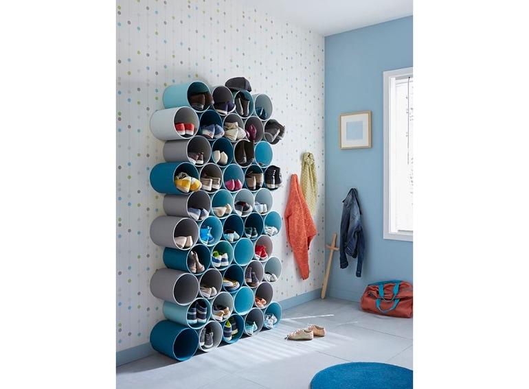 9.scarpiera-tubi-appesi-a-parete-legno-curvato