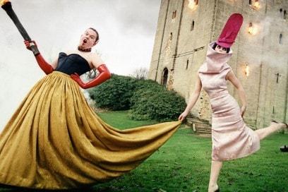 Alexander-McQueen-e-Isabella-blow-by-David-LaChapelle