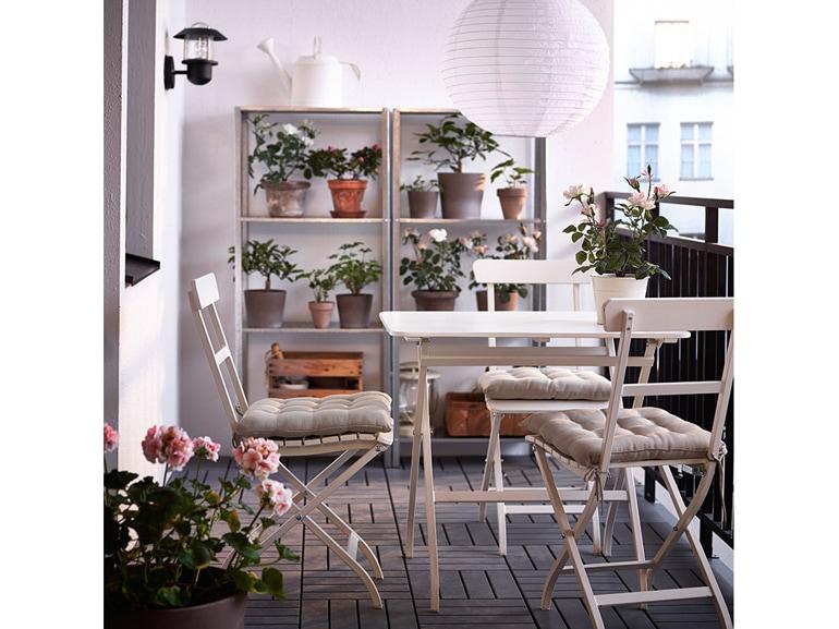 Ikea 20 ispirazioni per arredare il terrazzo for Arredare terrazzi piccoli