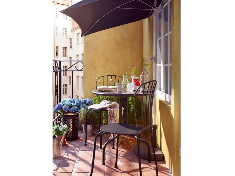 Ikea 20 ispirazioni per arredare il terrazzo for Balcone piccolo arredo