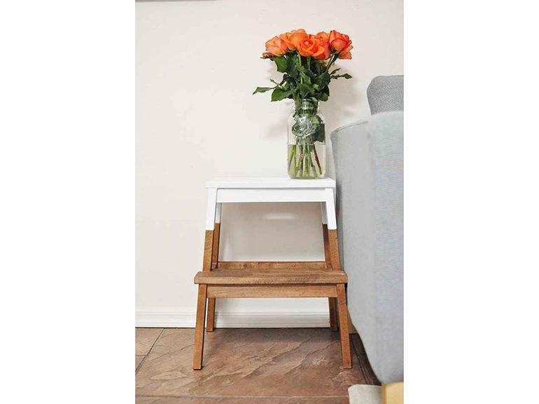Ikea hacking 20 idee per personalizzare i tuoi mobili - Scalette per librerie ...