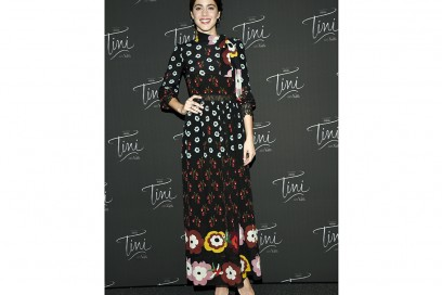 MARTINA-STOESSEL-in-red-valentino-olycom