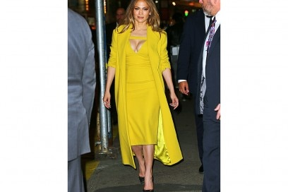 jennifer-lopez-in-giallo-olycom