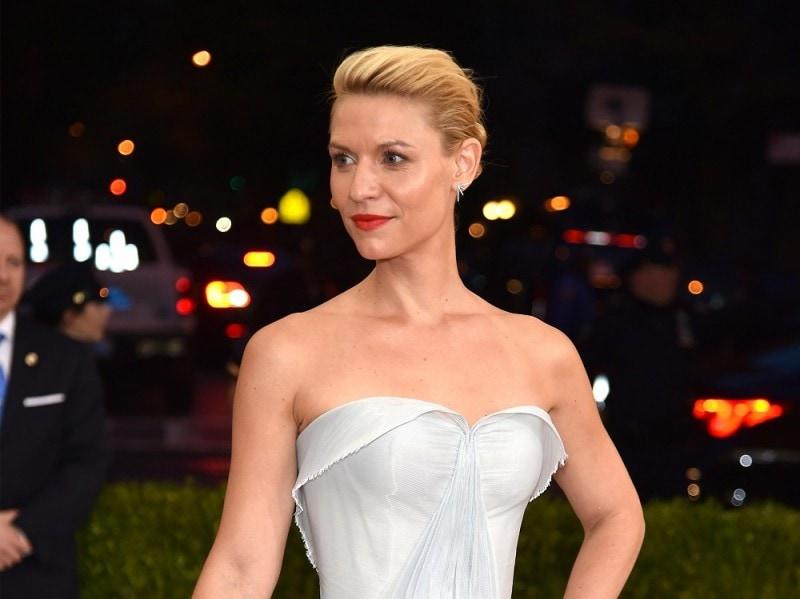 met-gala-2016-beauty-look-claire-danes