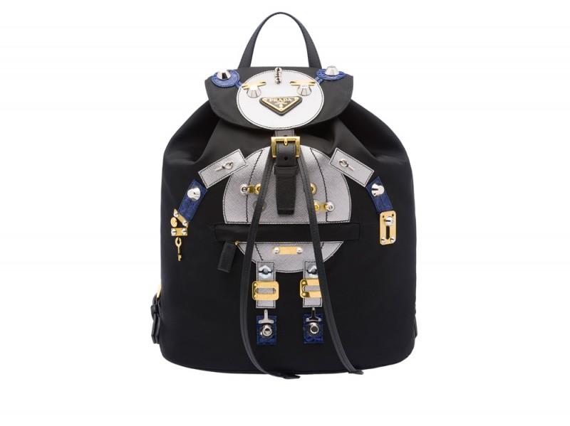 prada-capsule-zaino-robot