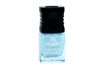 smalto-azzurro-Alessandro-Nail-Color-surfin-usa