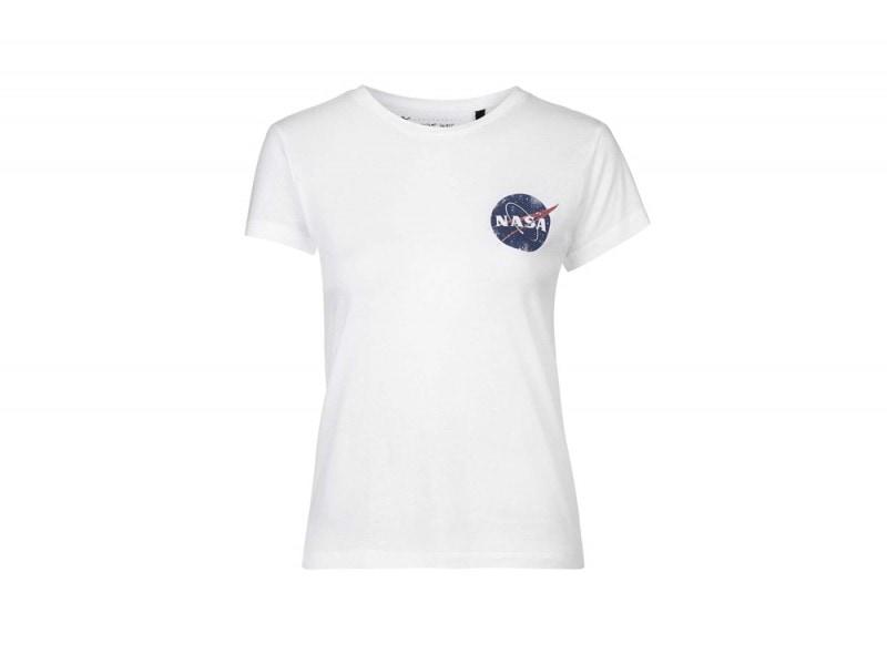 tee-and-cake-tshirt-logo