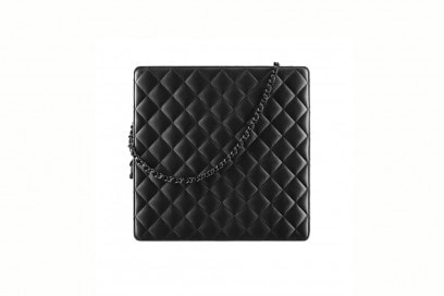 CHANEL-borsa-Black-quilted-leather