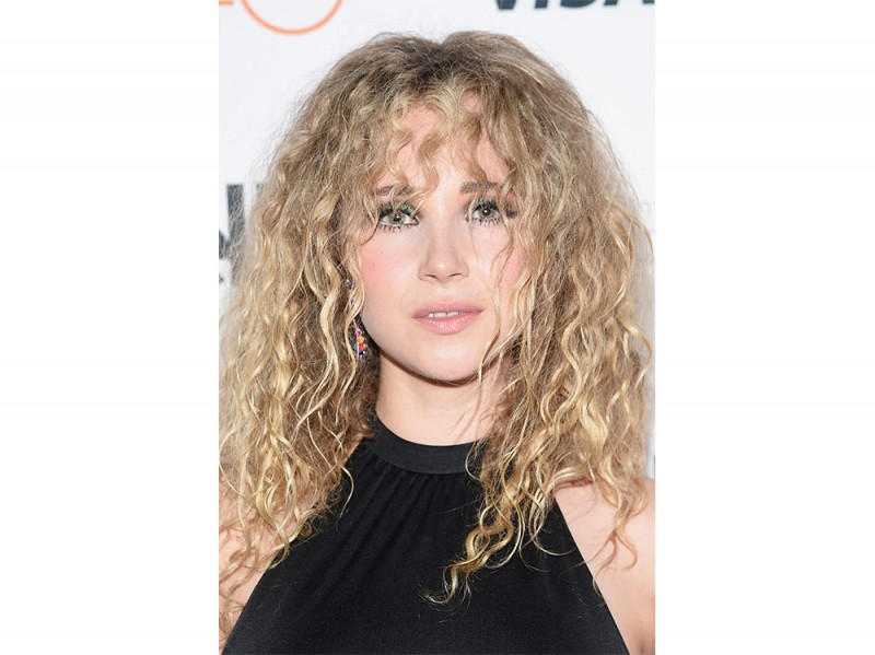 Juno_Temple_Beauty_Look_6