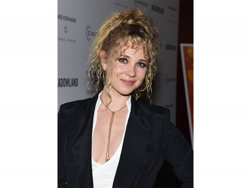 Juno_Temple_Beauty_Look_7