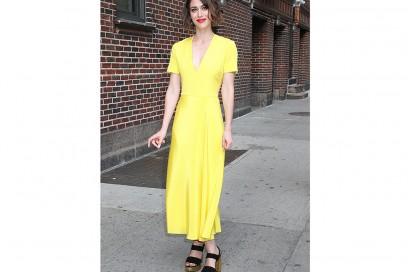 LIZZY-CAPLAN-yellow-dress-olycom