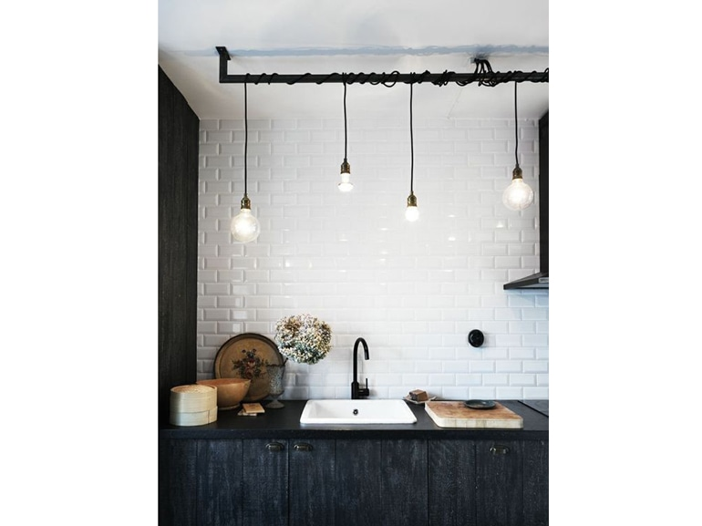 Come illuminare la cucina 15 idee da copiare grazia for Luci cucina design