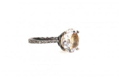 anello-argento-con-zircone-bottega-veneta