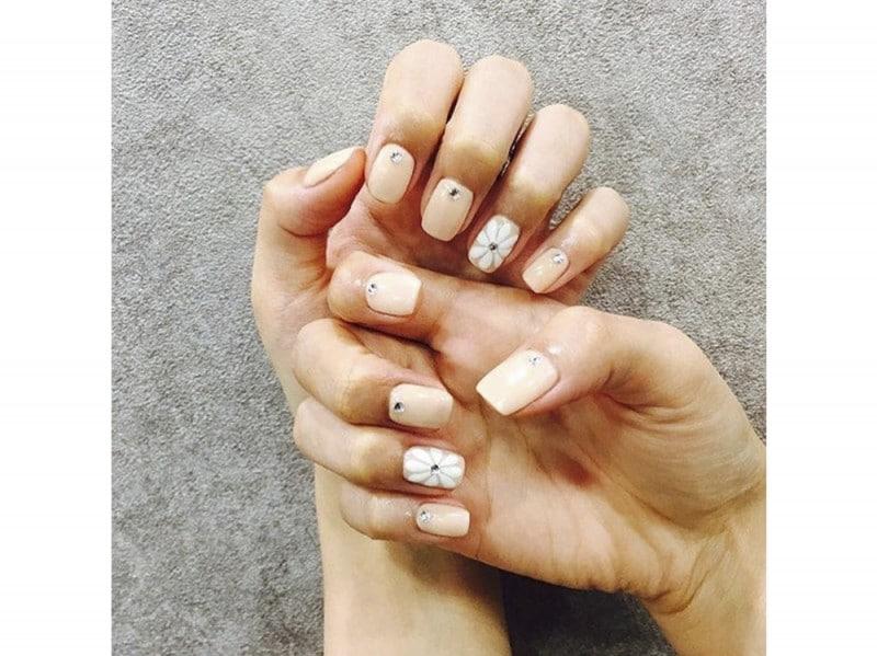 bello.beauty_ nail art nude instagram estate 2016