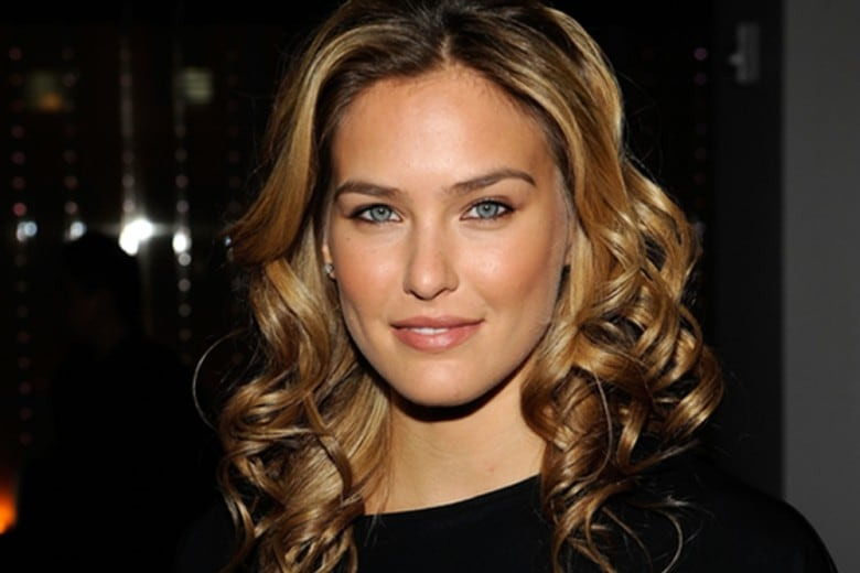 Bar Refaeli make up: i beauty look più cool della top model