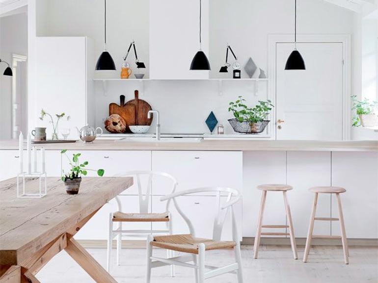 Come illuminare la cucina 15 idee da copiare grazia - Illuminazione sottopensile cucina ...