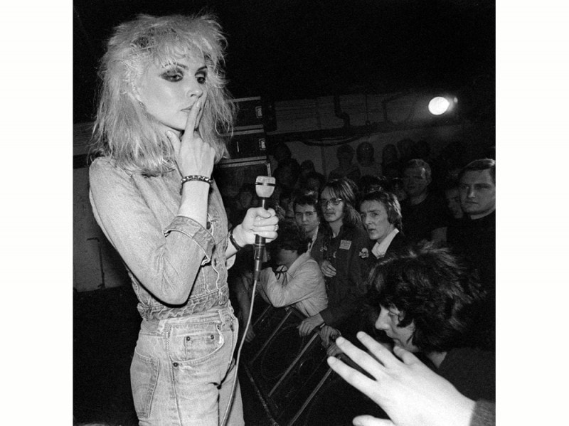 debbie-harry-blondie-young-olycom