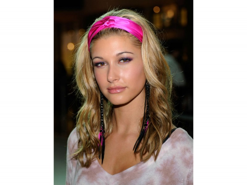 hailey baldwin make up 2