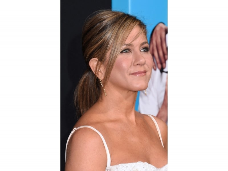 jennifer-aniston-beauty-look-04