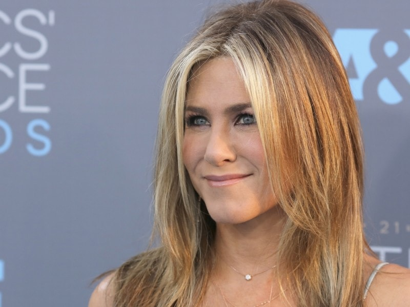 jennifer-aniston-beauty-look-08
