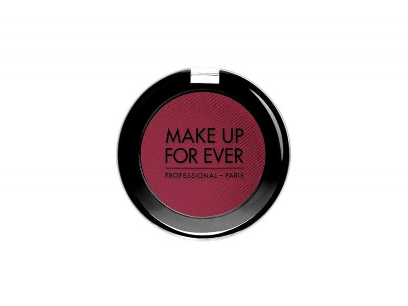 make-up-for-ever-Artist-Shadow-Matte-finish-burgundy