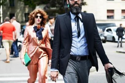 parigi-uomo-4-2017-pantaloni-glitter-lui