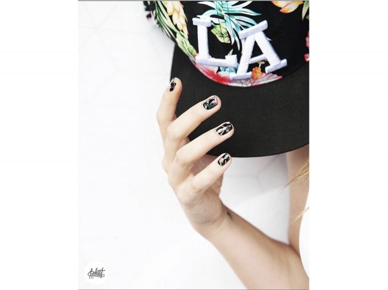 pshiiit_polish  nail art estate instagram