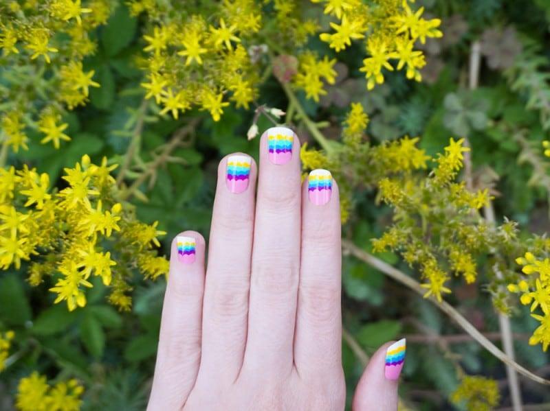 rainbow-clouds-nail-art
