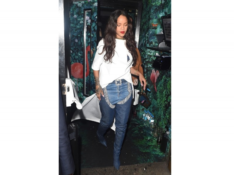 rihanna-denim-cuissards-olycom