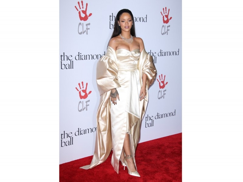 rihanna-maxi-dress-avorio-olycom