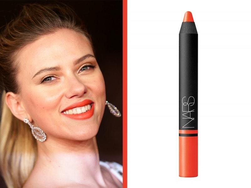rossetto-arancione-a-chi-sta-bene-nars-satin-lip-pencil-timanfaya-Scarlett-johansson
