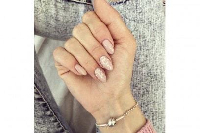 sylviee033 nail art nude instagram estate 2016