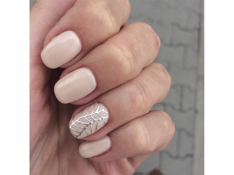 zuza_sacha nail art nude instagram estate 2016