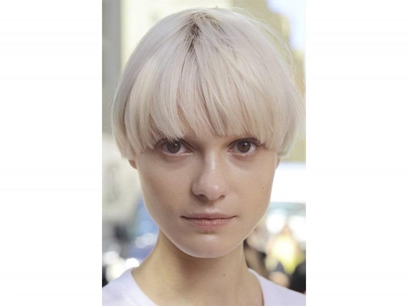 Dkny-capelli-biondo-cenere