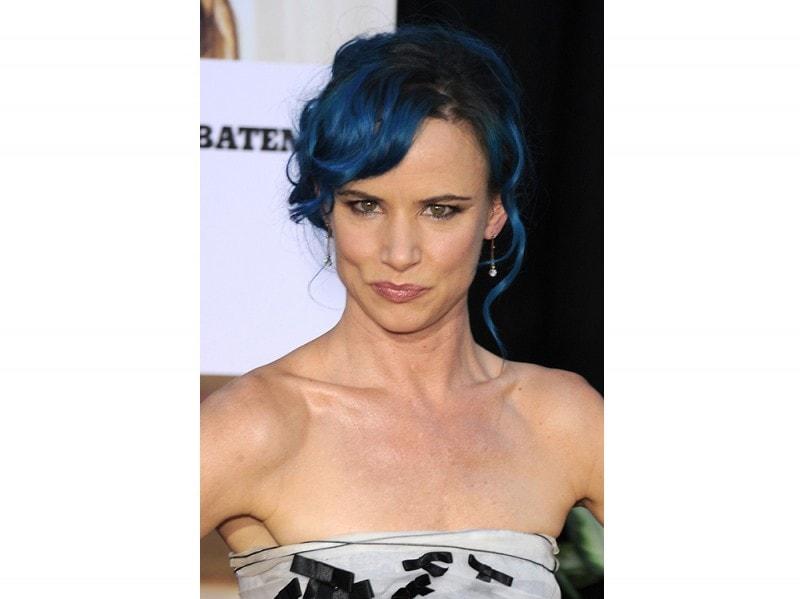 star-capelli-blu-juliette-lewis