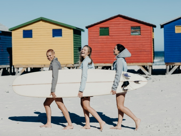 GettyImages-amiche ragazze estate
