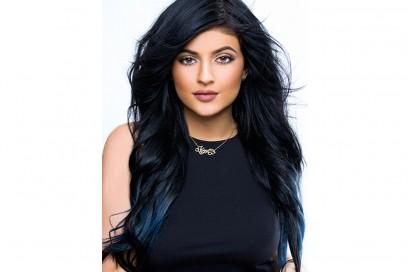 star-capelli-blu-Kylie-Jenner