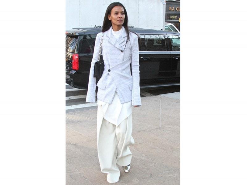 LIYA-KEBEDE-pantaloni-bianchi