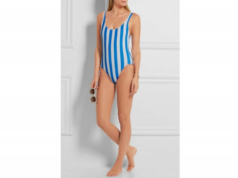 costume-intero-a-righe-solid-and-striped-indossato