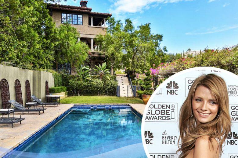 La casa di Mischa Barton a Beverly Hills