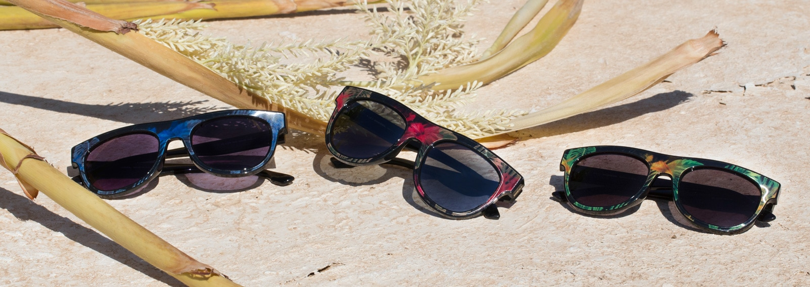cover-diesel-eyewear-still-life-desktop