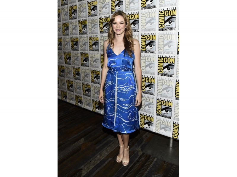 danielle-panabaker-comic-con-olycom