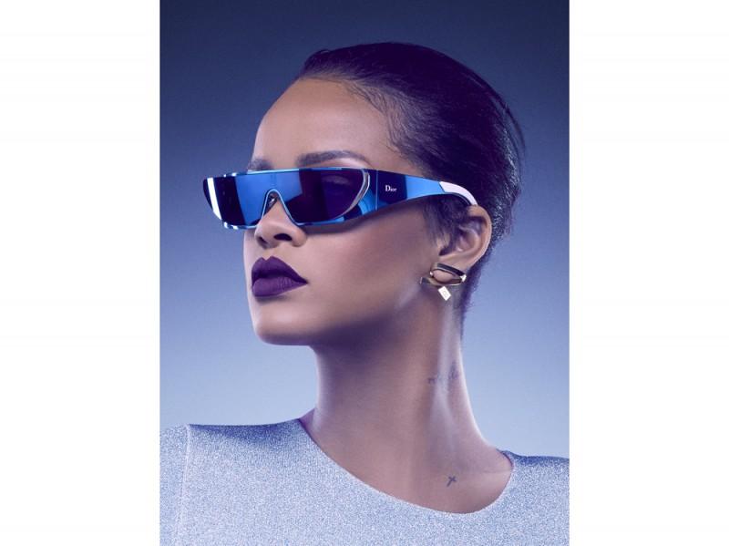 dior-rihanna-occhiali-sole-3