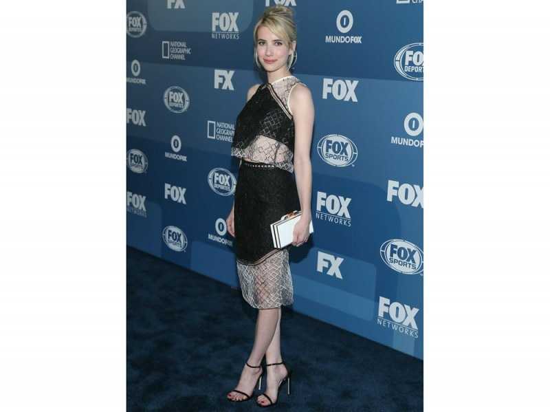 emma roberts top e gonna Jonathan Simkhai