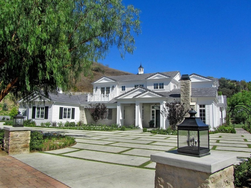 A look inside the home of Kylie Jenner.