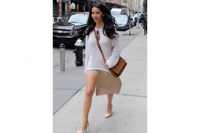 olivia-munn-nude-shoes-olycom