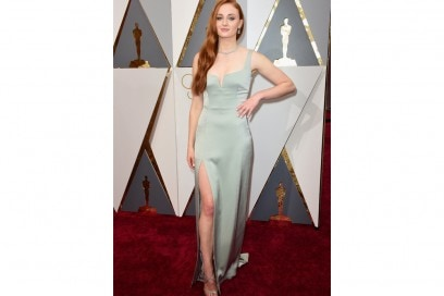 sophie turner abito galvan oscar getty