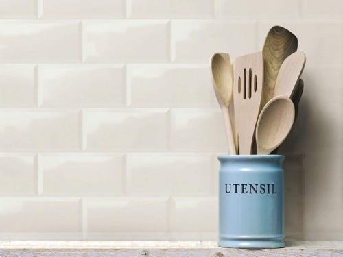Piastrella da cucina a muro in ceramica bianco lucidata effetto